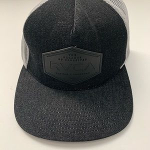 RVCA SnapBack hat, charcoal grey, Style M7AHWBSB